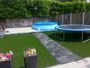 Kunstgras en verhoogd teras